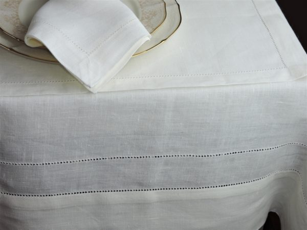 "The Linen Mill Eternity White Linen Tablecloth 78"" x 110"" (197cm x 280cm)"